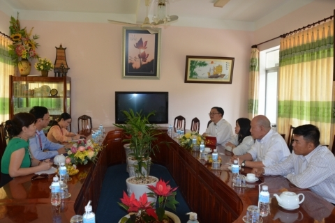 THE DELEGATION FROM VIET NAM TRADE INTERNATIONAL IN NETHERLANDS PAID A VISIT TO DONG THAP UNIVERSITY
