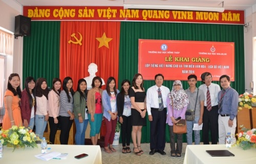 Ceremony of starting the course on practicing Vietnamese at advanced level for foreign students