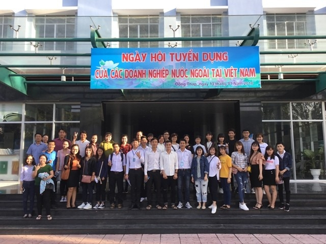 Job Fair of foreign enterprises holding at Dong Thap University